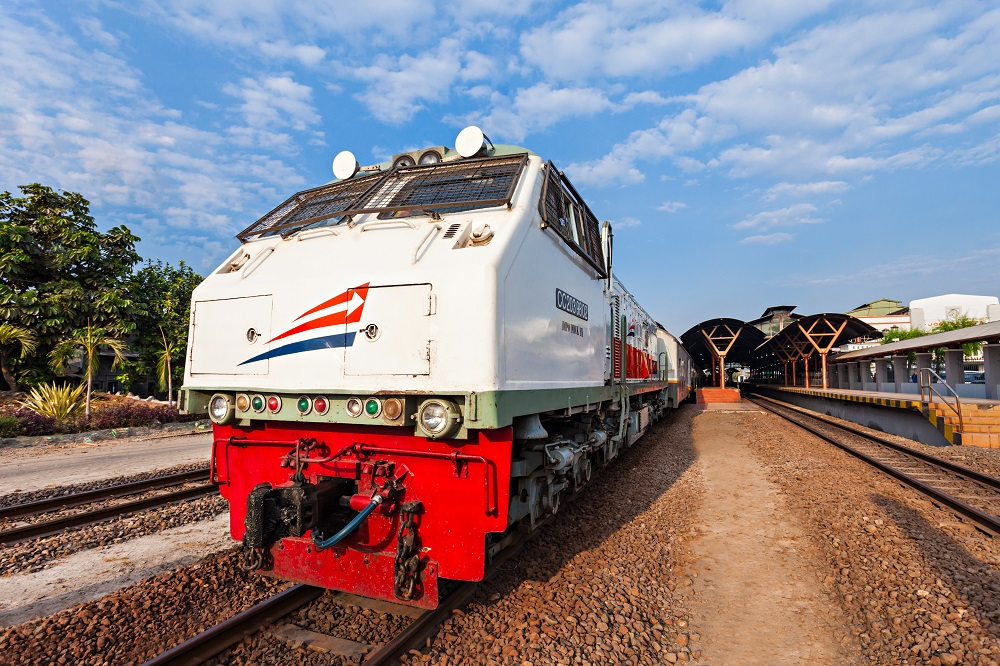 Kereta api. Credit photo: Shutterstock